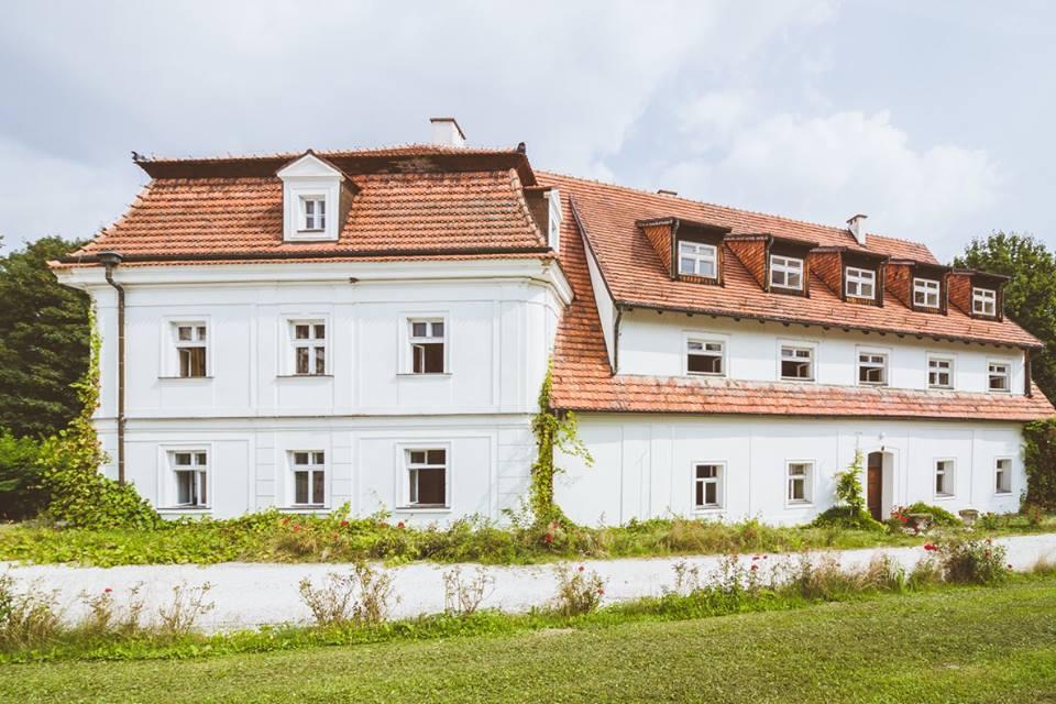 Pałac Dobro Krasków